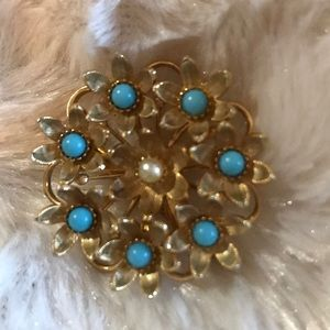 VTG TURQUOISE AND PEARL BROOCH